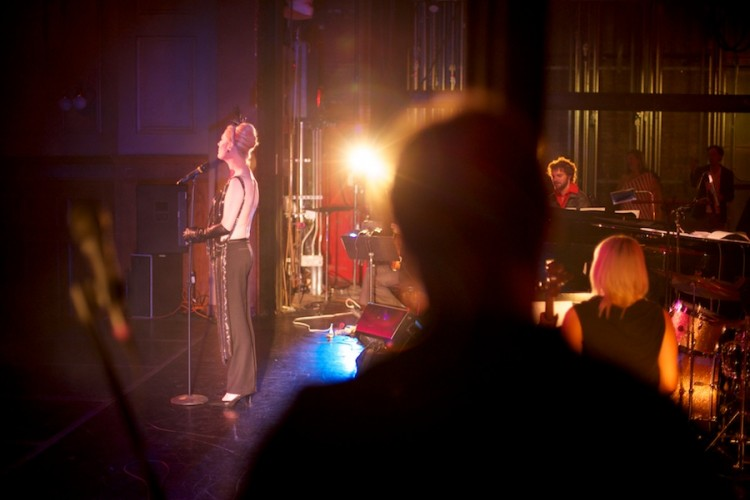 Justin Vivian Bond performs at Weimar New York for Obama, by David Kimelman